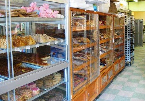 diana's bakery interior