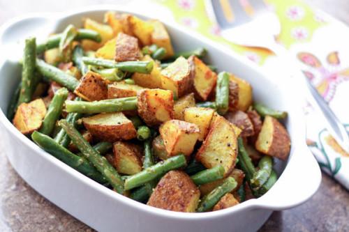 Turmeric Roasted Green Beans and Potatoes