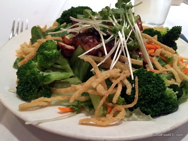 Cardwell's BBQ chicken salad