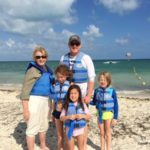Christmas Travel: Kids Make the Best of It