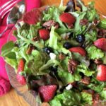 Strawberry-Spinach Salad: A Spring Showboat