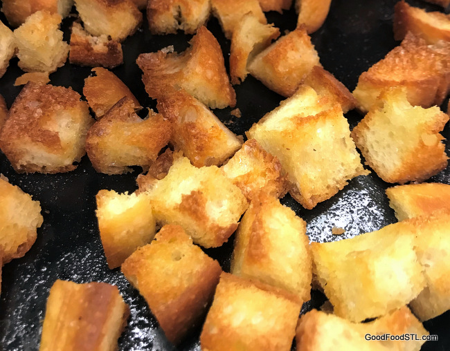 Crispy Bread Croutons